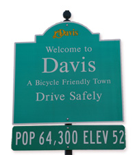 Davis sign200px